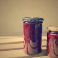 Brombær og hyldeblomst syltetøj